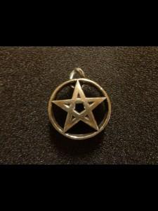 http://www.forvikingsonly.nu/162-371-thickbox/pendant.jpg