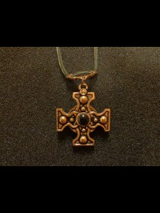 http://www.forvikingsonly.nu/183-392-thickbox/pendant-with-leather-necklace.jpg